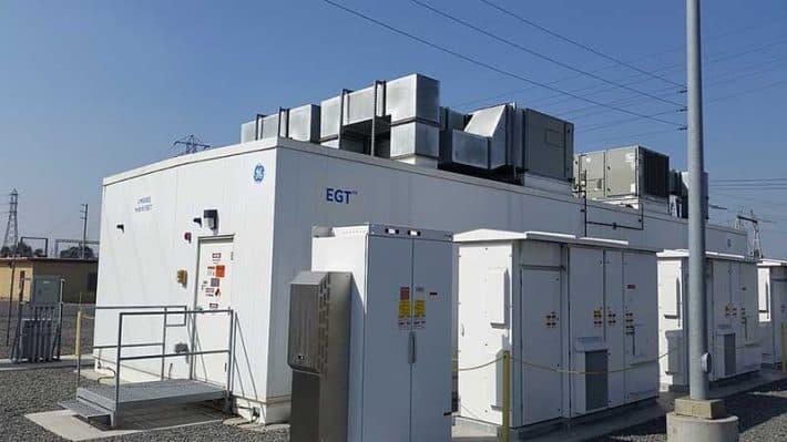 Low Emission Hybrid Renewable Battery Storage