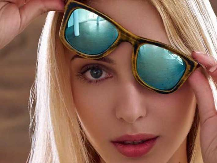 Dress Positive One Off Wooden Sunglasses