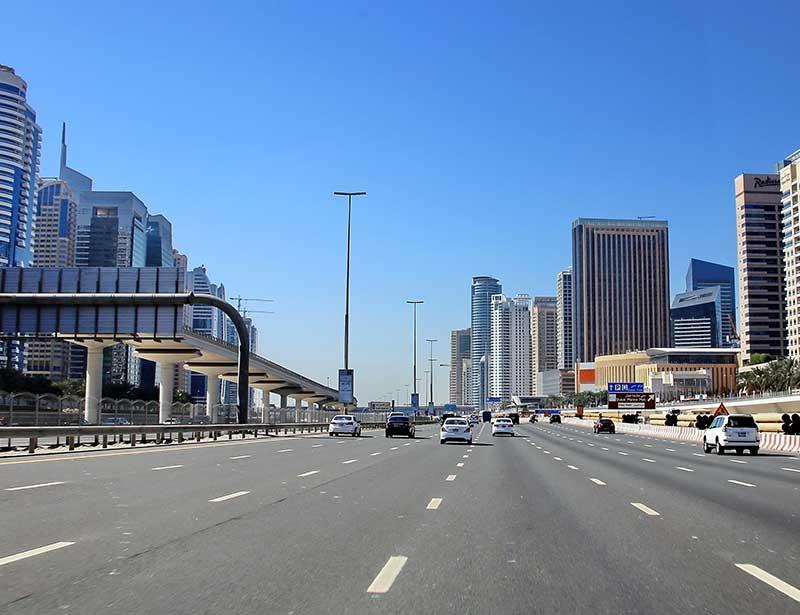 8 lane highway for cars